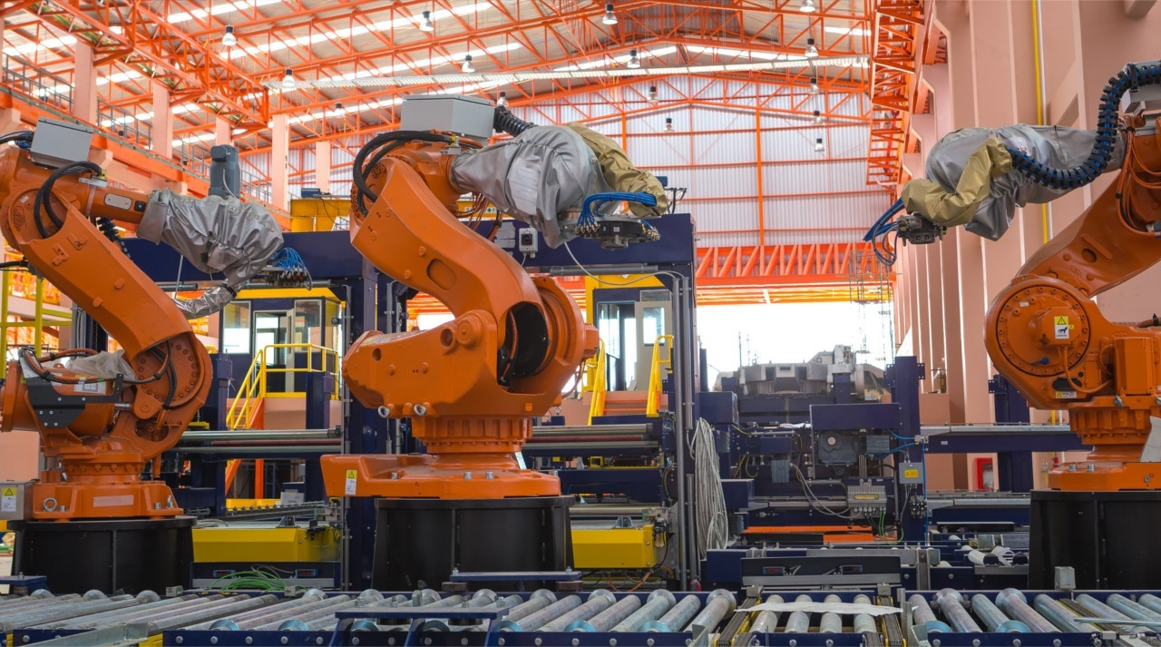 Preparing for the future: 3 ways big data is transforming manufacturing