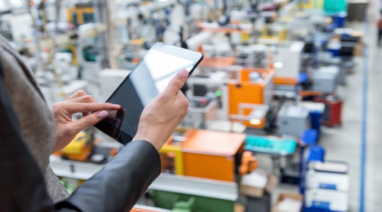 Real-time data in manufacturing industry